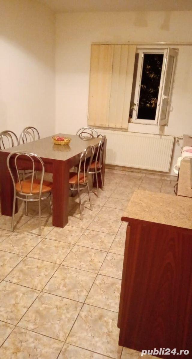 Proprietar inchiriez 1 camera in apartament cu 3 camere decomandat zona Soarelui