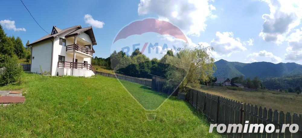 Casa/Vila incadrata intr-un peisaj de poveste