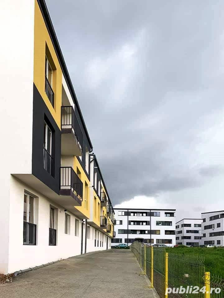 Vand apartament 2 camere semifinisat + parcare str. Tineretului Floresti!