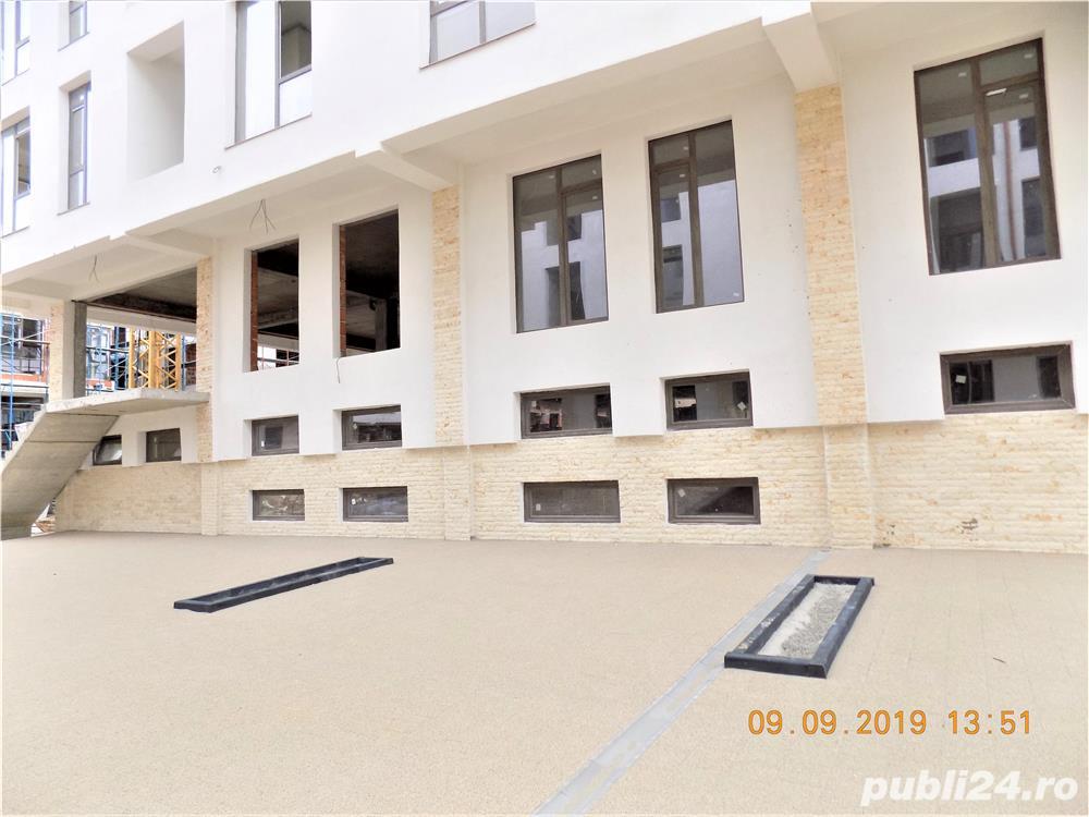 Parter: apartament 3 camere cu locul de parcare incus. Azure Residence