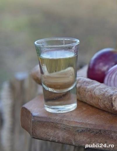 Vand tuica ardeleneasca (palinca) de mere si de prune