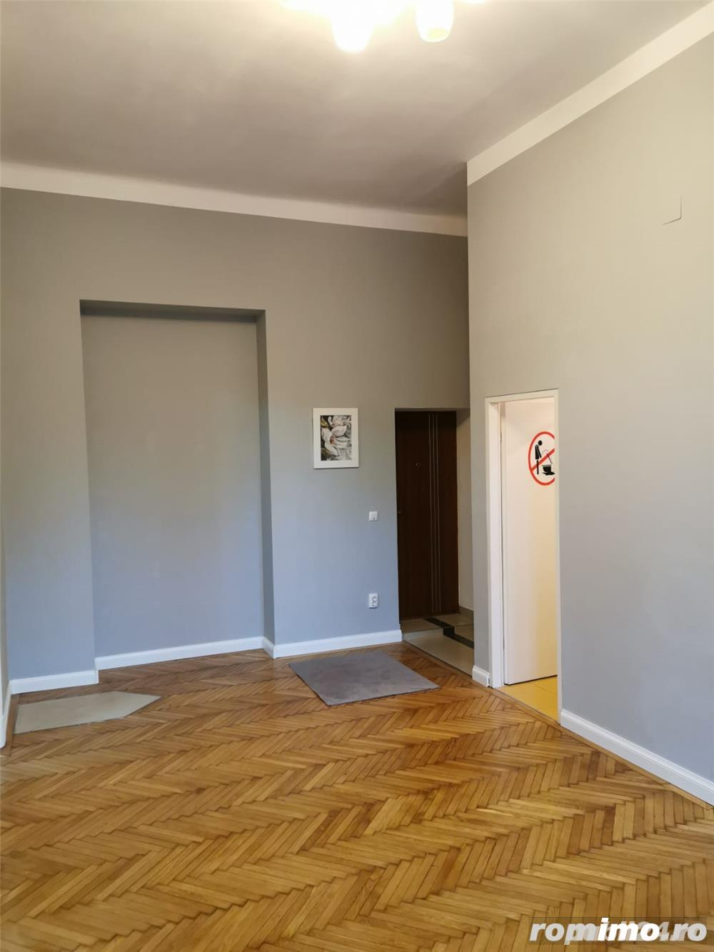 Central, apartament, 65 mp, CT,parcare in curte,