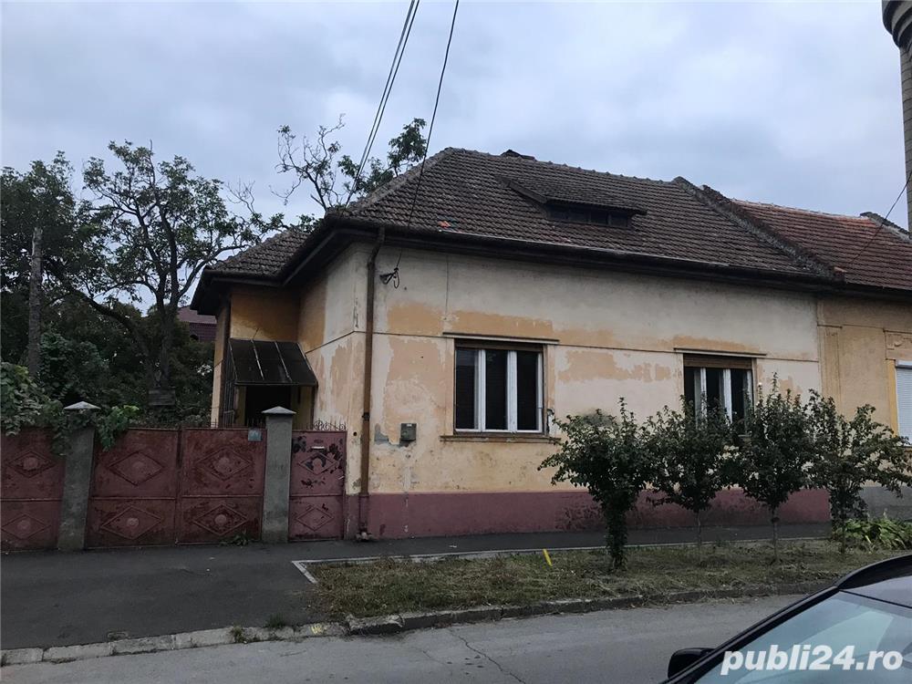 Vand casa in zona centrală , strada lorena ( modern )