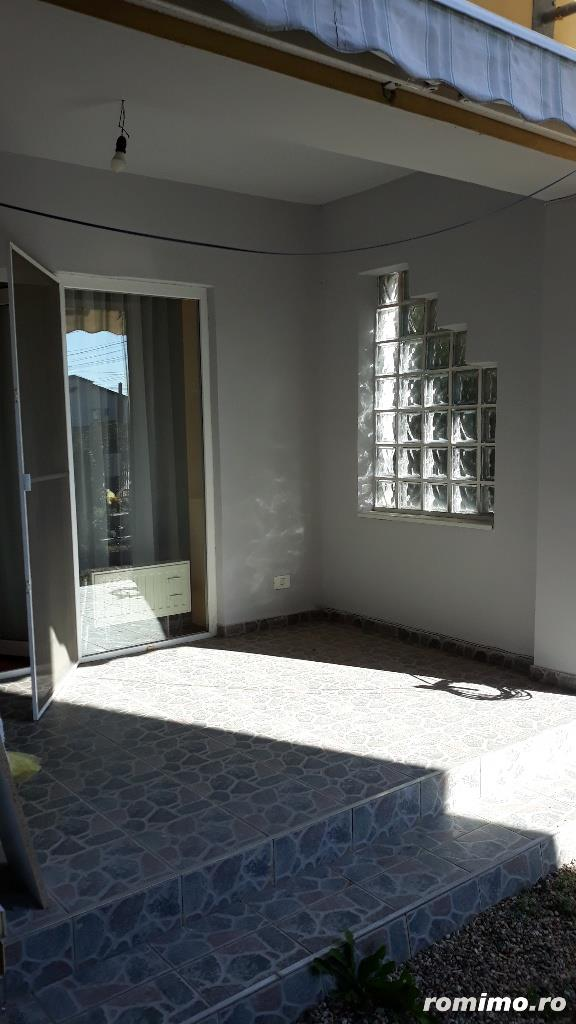 Închiriez casa in dumbravita în spate la Selgros