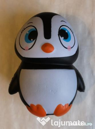 Jucarie antistres in forma de pinguin, inaltime 14 cm
