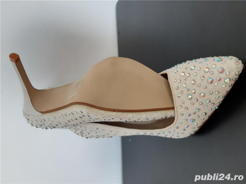 Pantofi ocazie masura 37