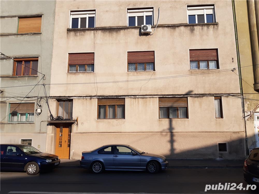 Apartament 4 cam ultracentral cladire tip asociatie