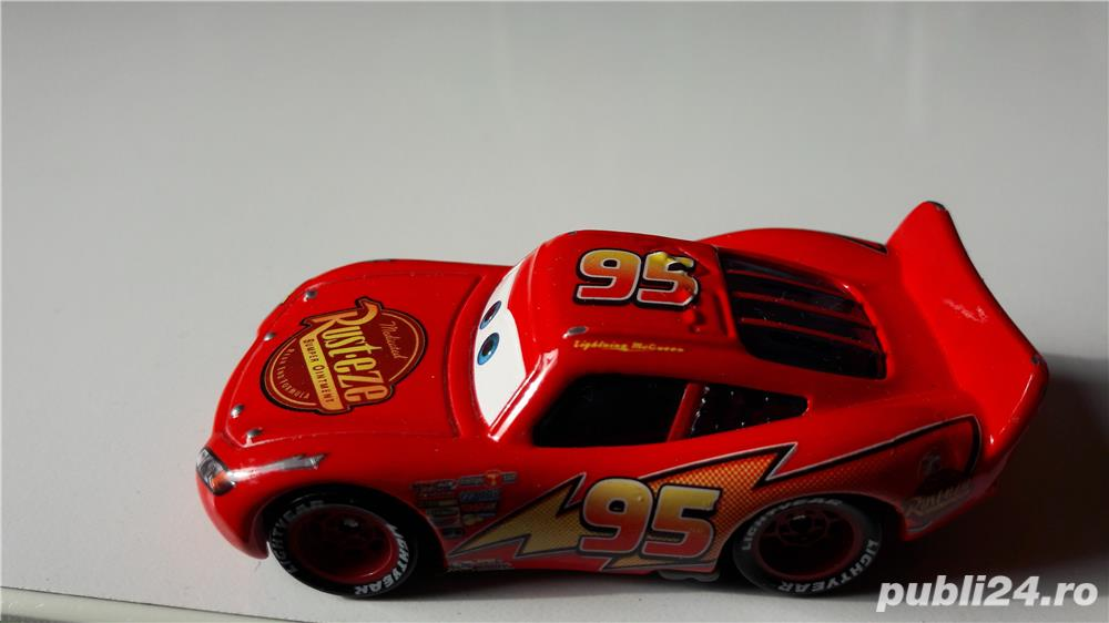 Masina mare,din Cars,Fulger(Lighting) McQueen,noua,fara ambalaj,
