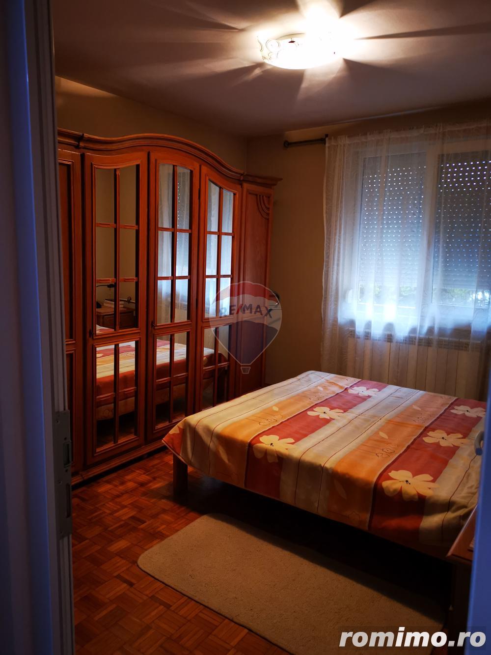 Apartament 3 camere de vanzare Oradea