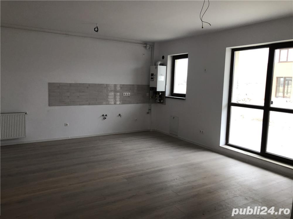 Proprietar vând Apartamente cu 3 camere pe doua nivele