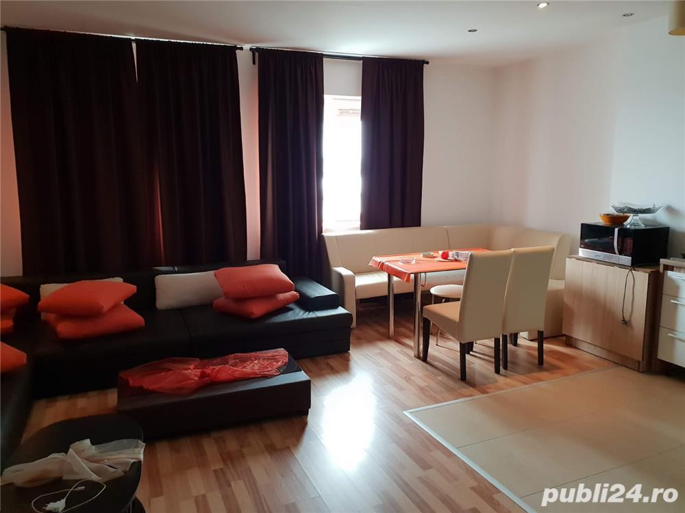 Închiriez apartament 3 camere regim hotelier hotel Rin grand