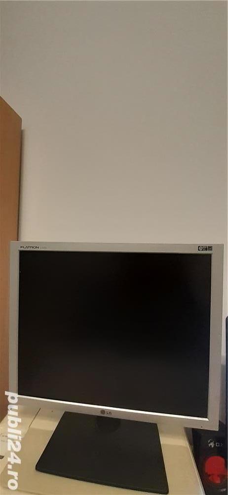 "Vand Monitor LG 19"""