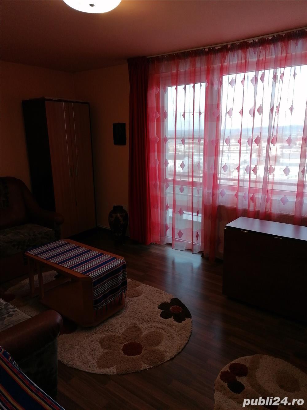 apartament 3 decomandate, zona Orizont Bacau - Imobiliare - Publi24.ro