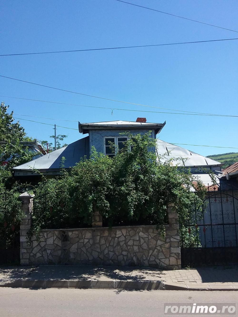 Casa si teren 333 mp Str. Castroian, Husi jud. Vaslui ID 7018