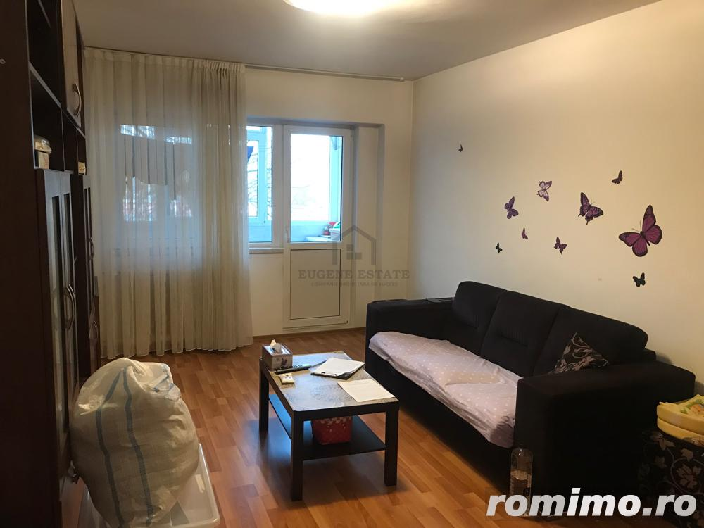 Apartament 3 camere, Metrou Gorjului (+ loc de parcare)