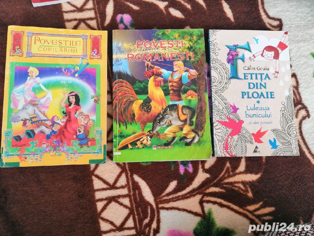 Vând cărți pentru copii