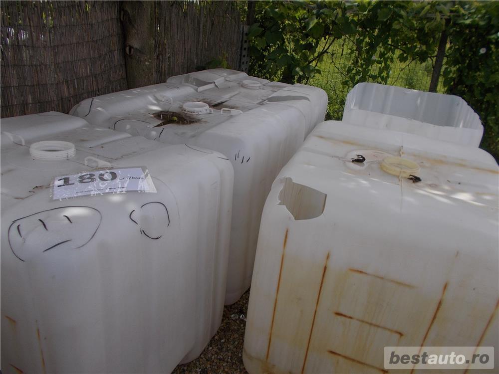 ibc container cub rezervor bazin de apa 1000 litri la Oradea, la 180 Lei,