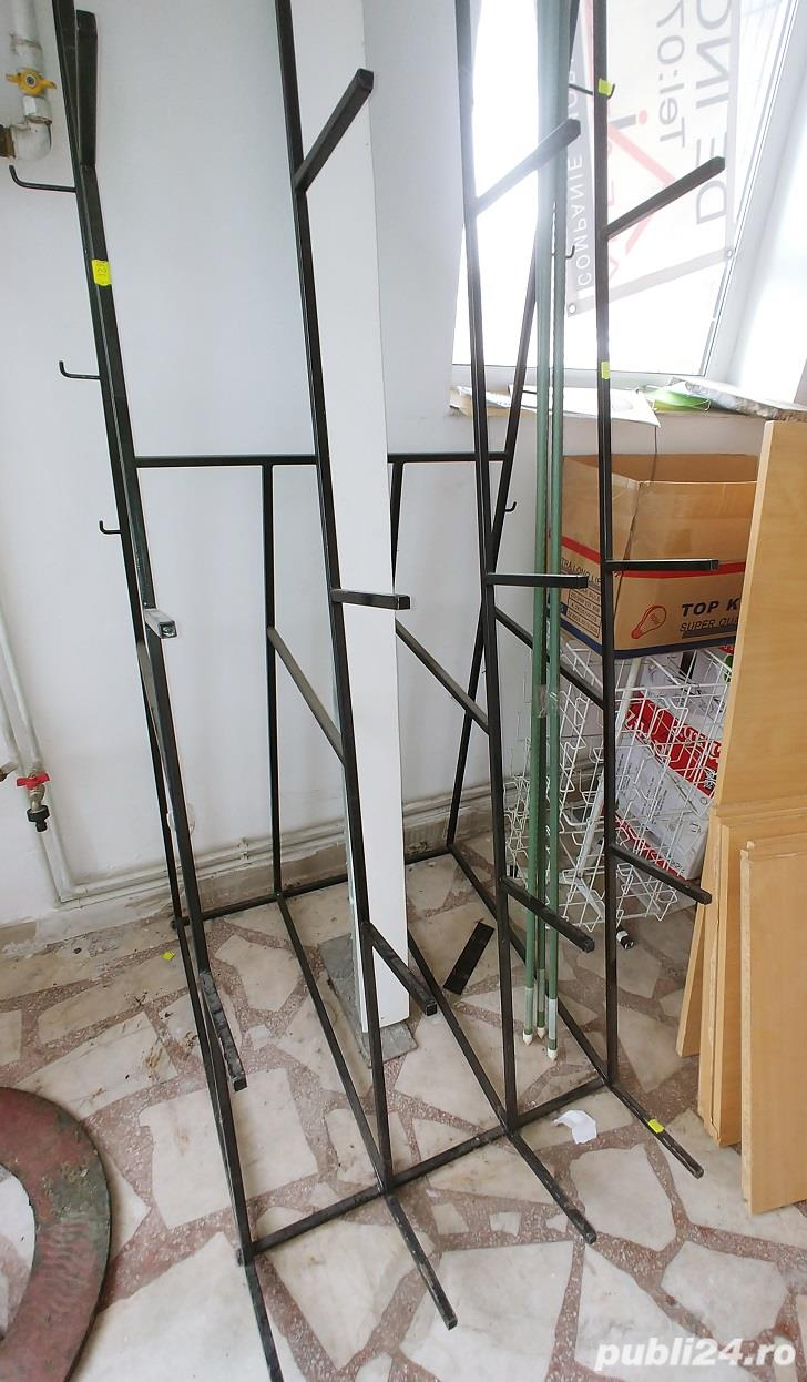 Rafturi de depozit solide și stender  de expunere role material,mușama,țevi,etc