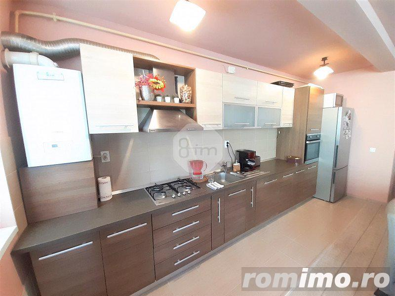 Vanzare Apartament, Decomandat, 3 Camere, 84 mp, Zona Eroilor Floresti !!