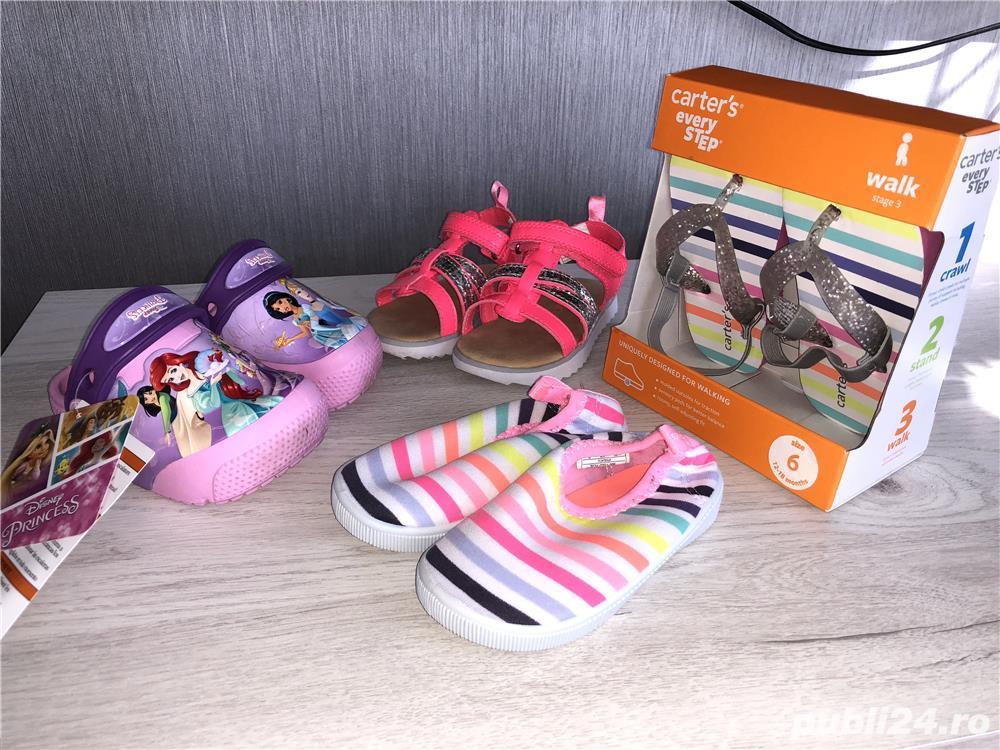 Vand sandale si pantofi vara - CARTERS,US 5, EU 20, lung 12,1 cm (pret 50 ron)