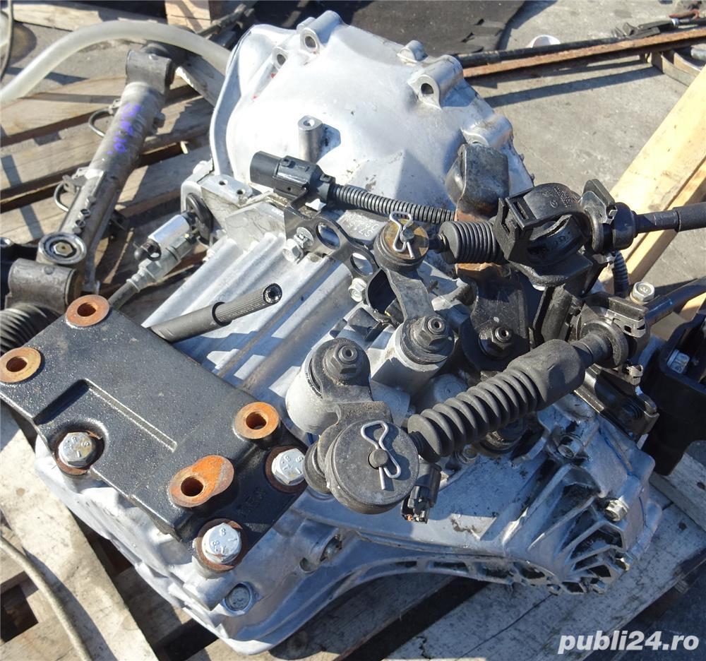 Cutie viteze Kia Sportage 2.0 CRDI E4 din 2006