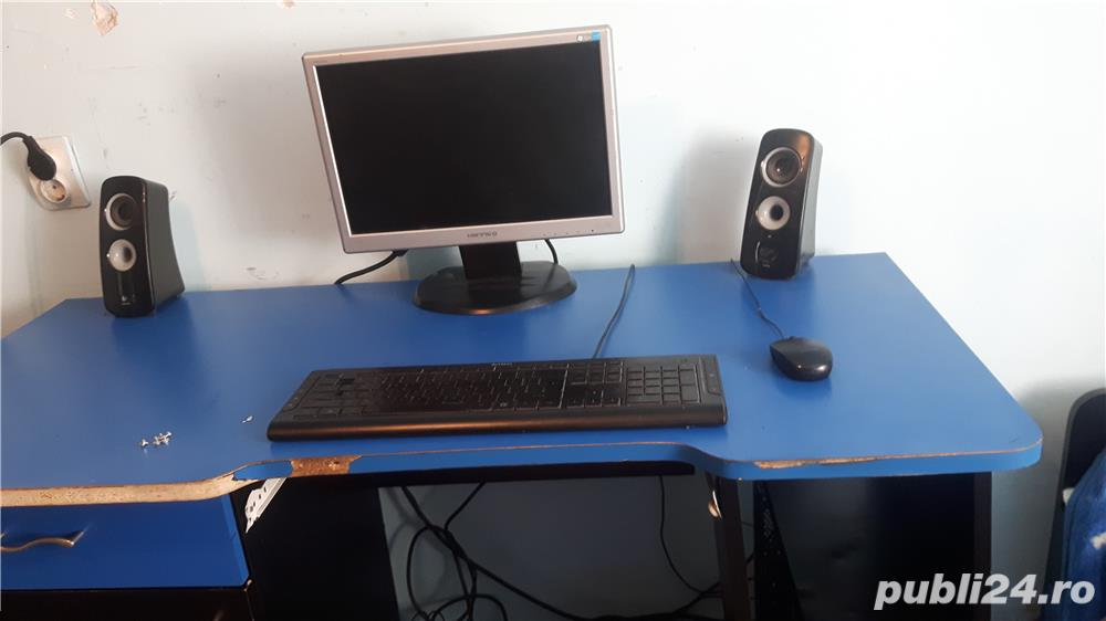 Pc / calculator complet [ unitate , monitor , tastatura , mouse ]