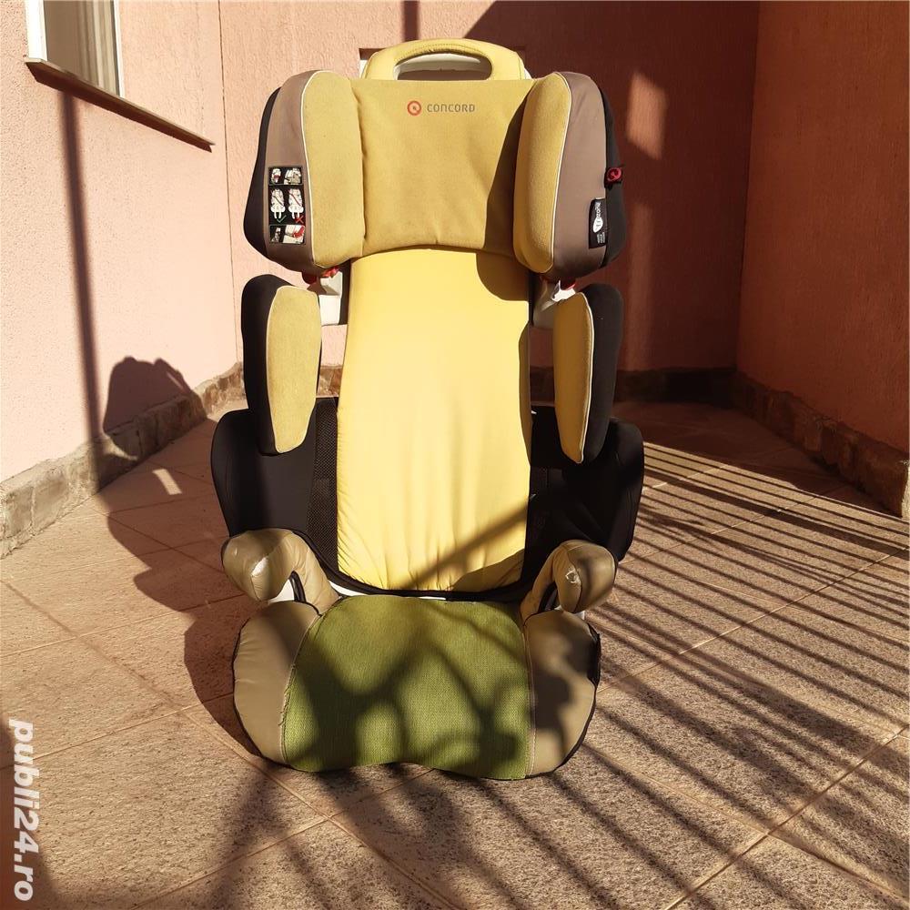 Vând scaun auto de copii.