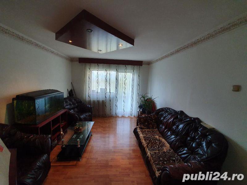 0% COMISION CUMPARATOR! Vanzare Apartament 4 camere situat in Targu Jiu, strada 8 Mai