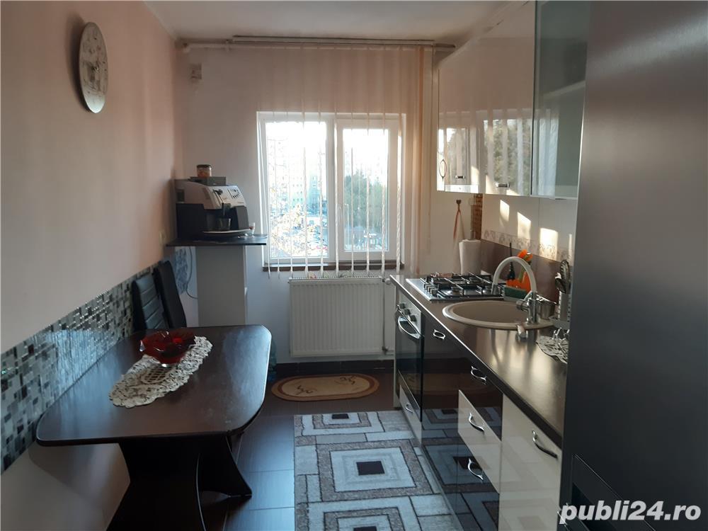 Vand apartament 3 camere Micalaca, Arad.