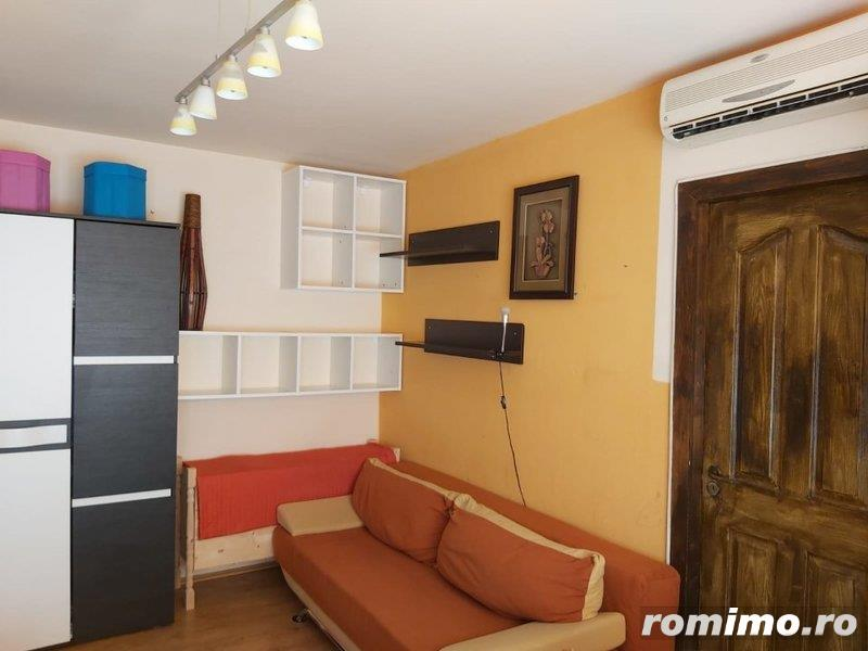 Vand apartament 3 camere Sagului