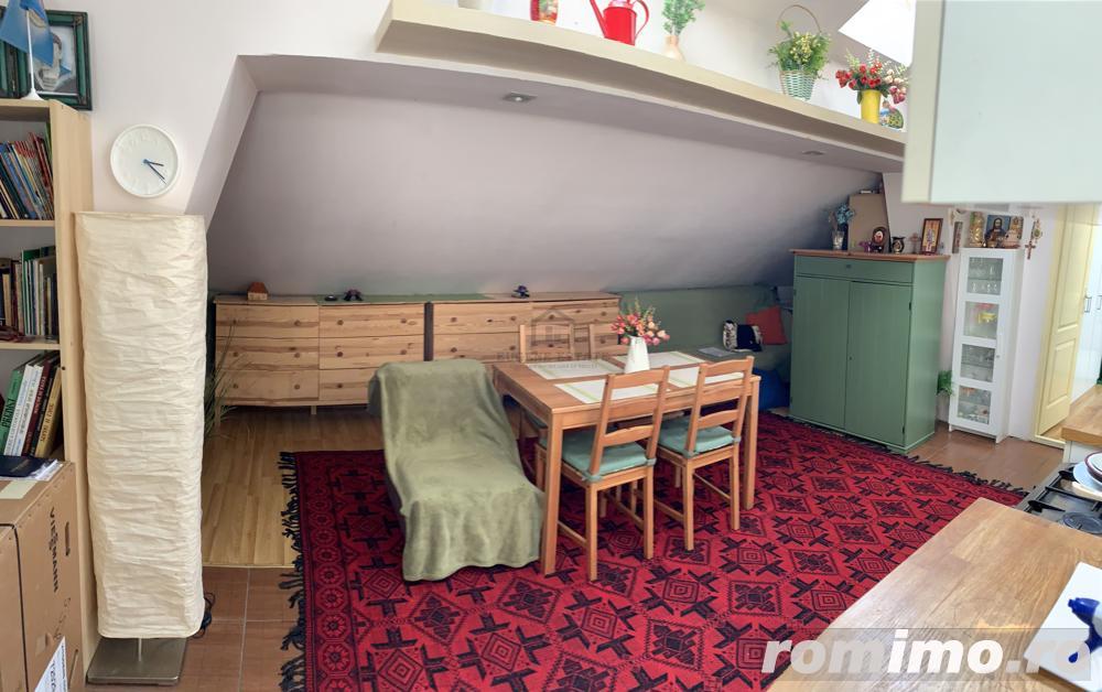 Apartament 3 camere - mansardă - Giulești