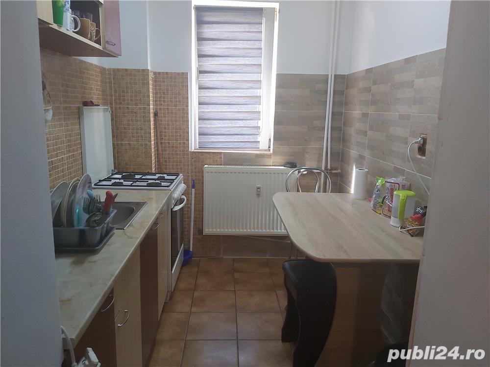 Apartament 2 camere etaj 2/4 Craiovita