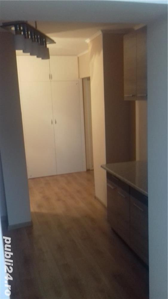 Inchiriez apartament!
