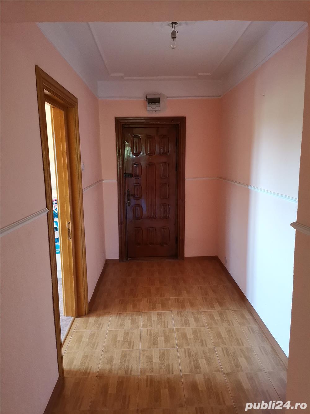 Apartament 4 camere Tibanesti centru
