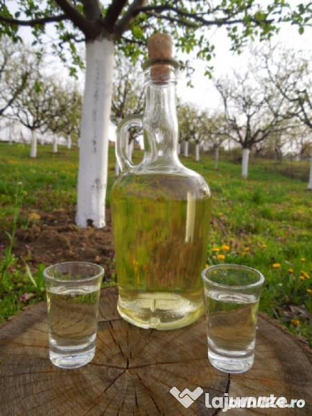 Rachiu/Tuica din vin 12 lei, Vin A/N 6 lei si Struguri Feteasca la Preturi de PANDEMIE