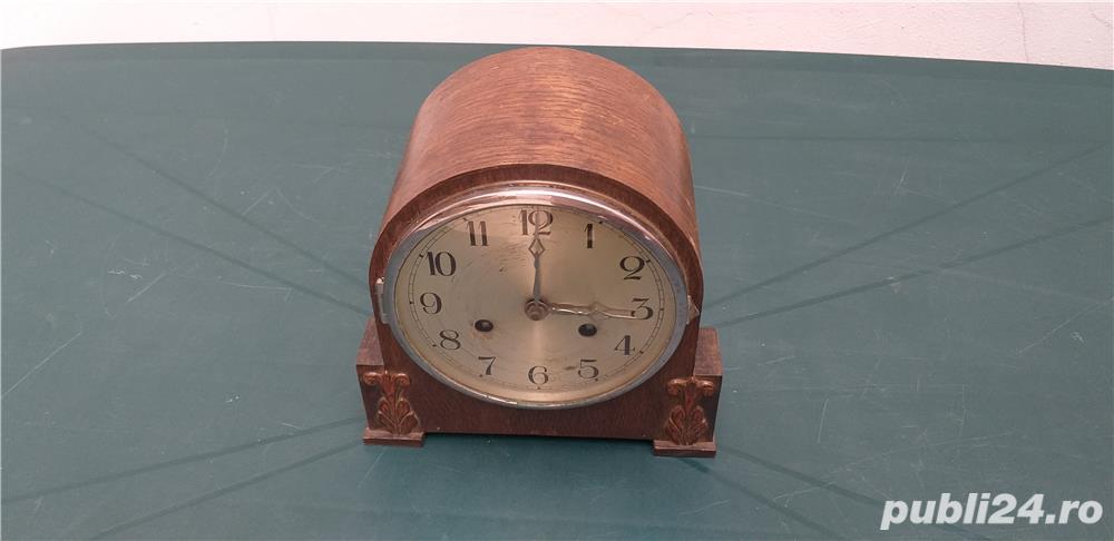 Ceas de masa art deco din lemn anii 30 cu 2 chei