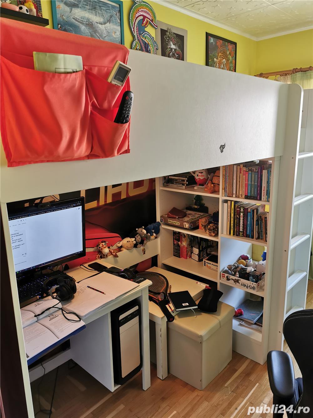 WOW! Vand pat supraetajat cu saltea, rafturi si birou incorporate IKEA