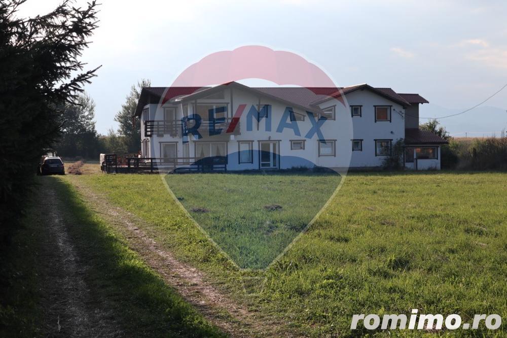 Casă [vilă 13 camere] și teren de vânzare în zona Glajarie, Râșnov