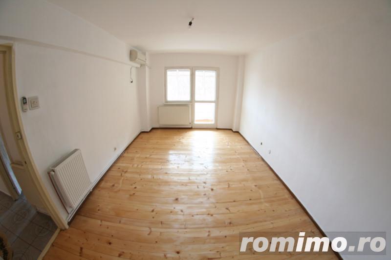 Apartament decomandat si luminos in zona linistita