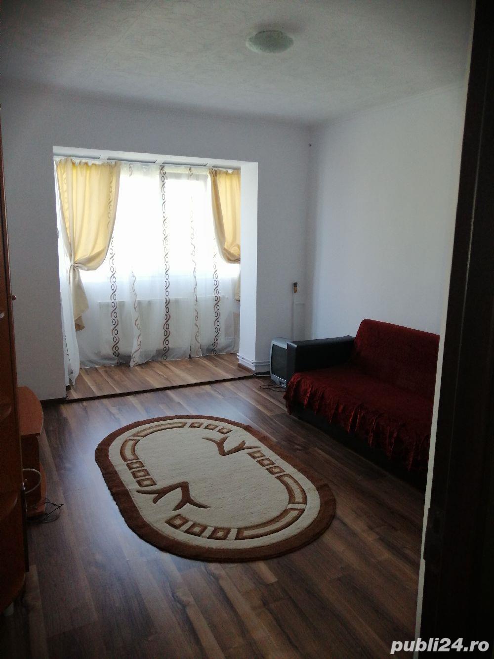 Închiriez apartament 2 camere Ploiești vest