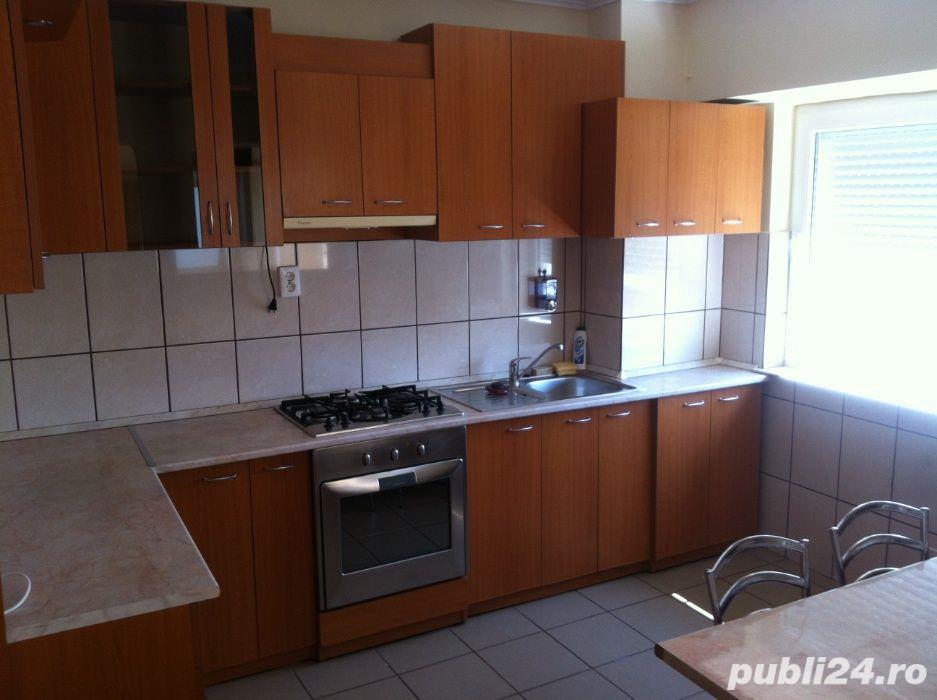 Apartament 4 camere zona Dacia Oradea