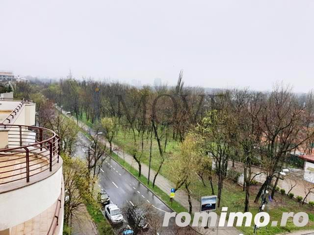 Stunning View of a 2 Bedrooms Apartment in Herastrau