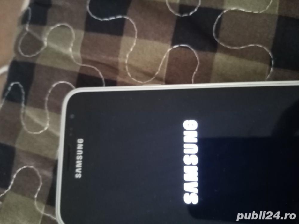 Samsung galaxie j 3 2016