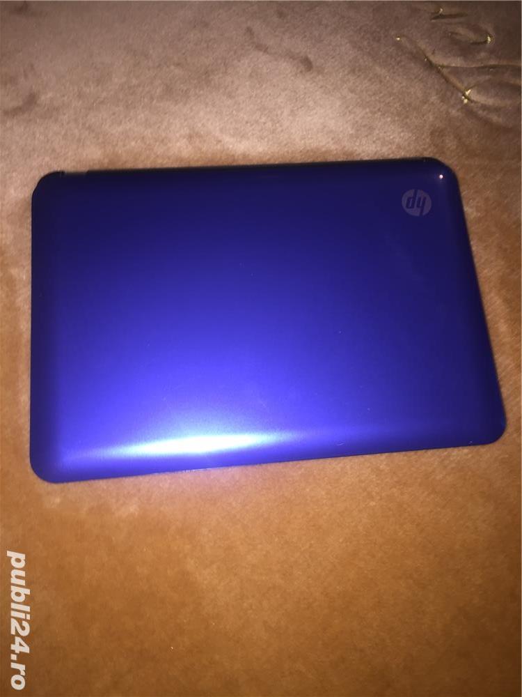 Vând urgent laptop Hp mini