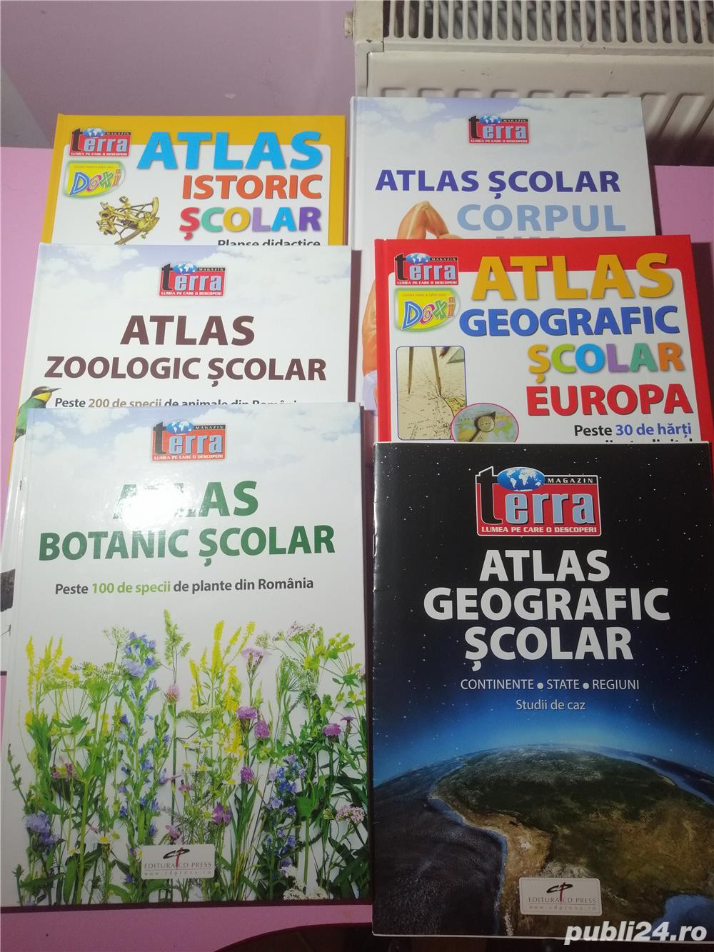 Vând Atlase