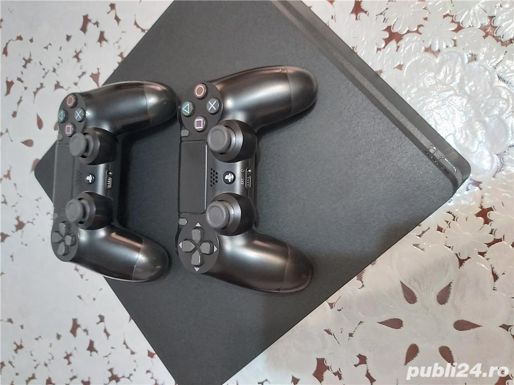 Vand ps4 500gb perfect functional + doua controllere negre