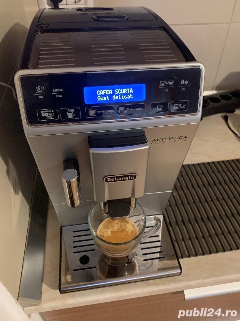 Automat cafea De Longhi