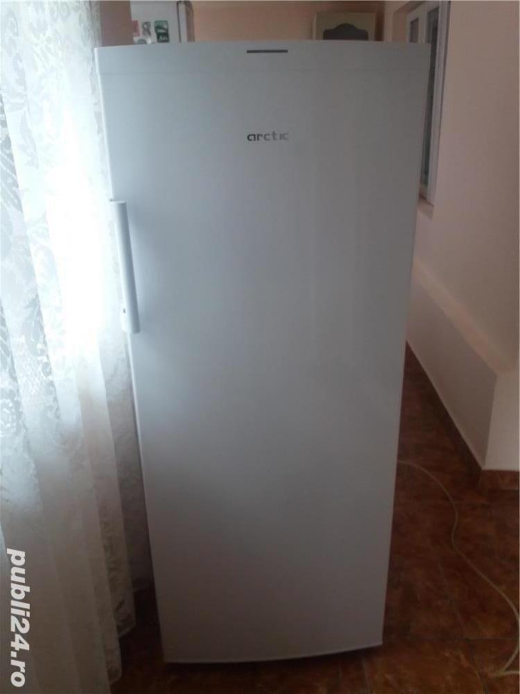 Arctic Congelator vertical alb cu 6 sertare