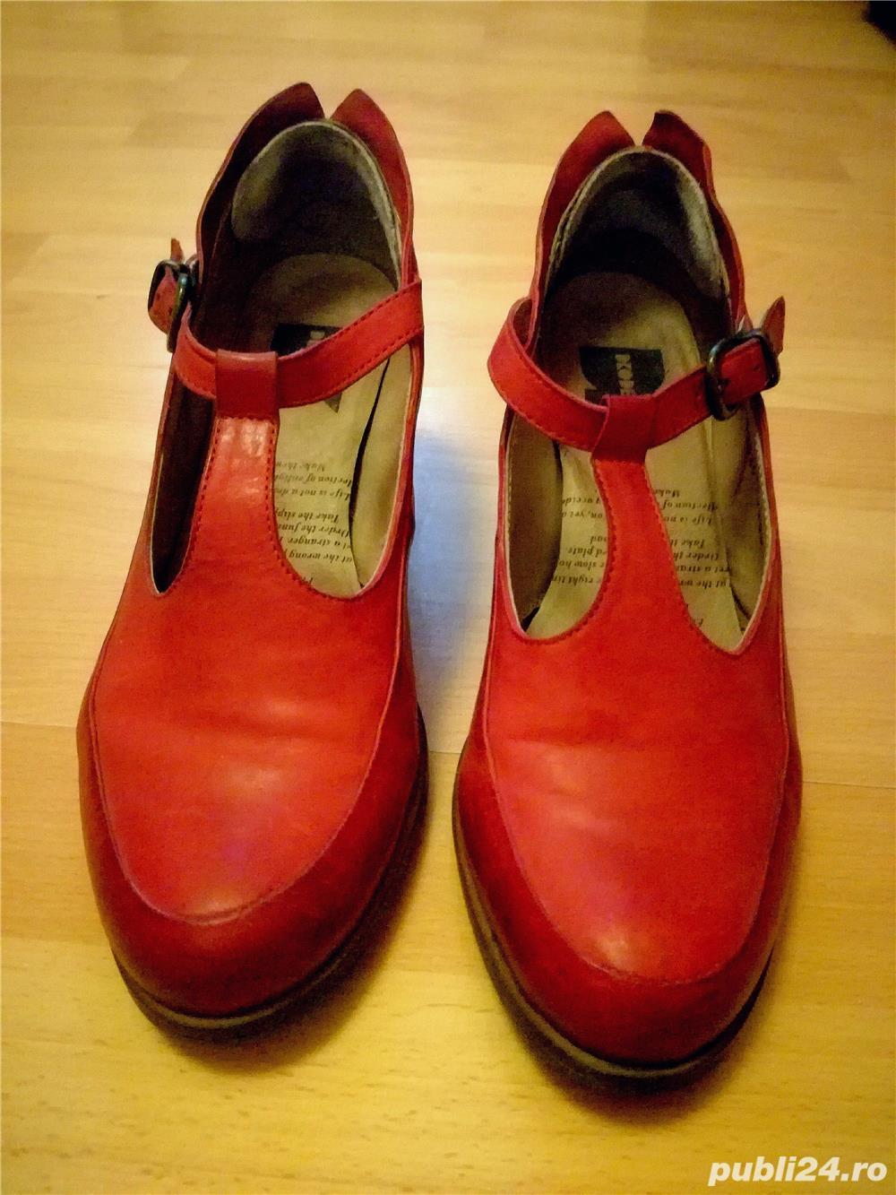 Pantofi rosi din piele, toc 5 cm, Droke