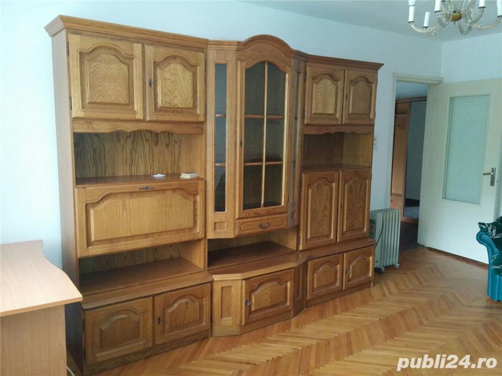 Inchririez apartament cu 2 camere